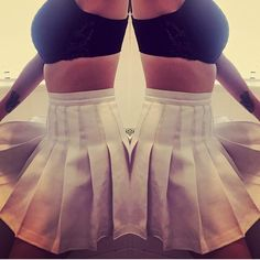 @heavypettings has us seeing double in her mirrored shot wearing a white American Apparel Tennis Skirt and fanning out the pleats in a cute manner. #AATennisSkirt #TennisSkirt #WhiteTennisSkirt #americanapparel #skirtstagram #mirrored #symmetrical #symmetry