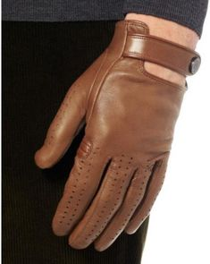 22 Ideas for motorcycle gloves watches - Leather - Motorrad Leather Motorcycle Gloves, Leather Driving Gloves, Leather Gloves, Leather Men, Dapper Gentleman, Gentleman Style, Gloves Fashion, Lady Biker, Mens Gloves