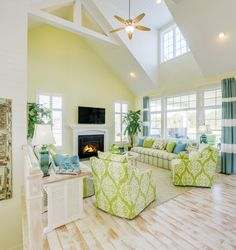 Like a breath of fresh sea air, The Sanibel at Bayside in Selbyville, Delaware is a recently completed model home by color-savvy Echelon Interiors. If you haven't figured it out by now, I'm a huge fan