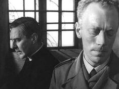 "zzzze: ""Dir: Ingmar Bergman DoP: Sven Nykvist (film-stills ~ Winter "" Beauty Tips Easy, Max Von Sydow, Ingmar Bergman, Film Watch, Film Images, Winter Light, Human Emotions, Photo Reference, Film Stills"