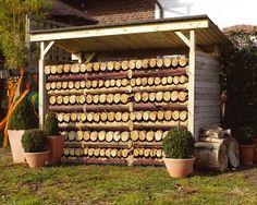 Construire un abri pour bois soi-même