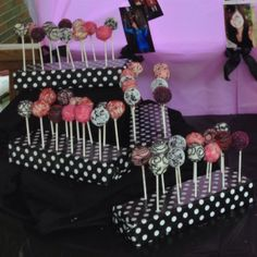 Styrofoam wrapped in wrapping paper for cake pop holder! CUTE!!