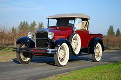 Ford : Model A Convertible Pickup 1928 Ford Model - http://www.legendaryfinds.com/ford-model-a-convertible-pickup-1928-ford-model/