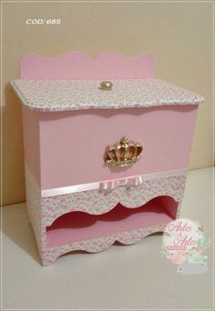 Baby Shawer, Baby Kit, Baby Love, Painted End Tables, Kit Bebe, Diy Box, Kite, Painting On Wood, Diy And Crafts