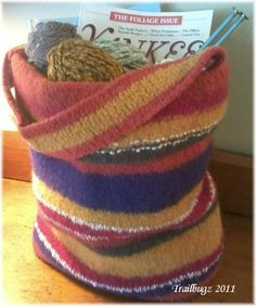 Welcome to Thistle Cottage: Knitted Felted Tote Bag Purse ~ Free Pattern by trailbugz