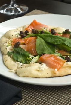 Enjoy smoked wild Alaskan Salmon on flat bread with spinach, capers, scallions and crumbled goat cheese. Simple. Nutritious. Scrumptious. 22 oz. of Alaskan wild salmon is waiting for you. Good Healthy Recipes, Healthy Foods To Eat, Gourmet Recipes, Vegetarian Recipes, Healthy Eating, Easy Recipes, Smoked Salmon Recipes, Clean Eating, Easy Meals