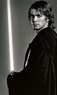 Find images and videos about star wars, jedi and Anakin Skywalker on We Heart It - the app to get lost in what you love. Anakin Dark Vador, Anakin Vader, Anakin And Padme, Anakin Skywalker, Darth Vader, Images Star Wars, Star Wars Pictures, Star Wars Collection, Star Wars Characters