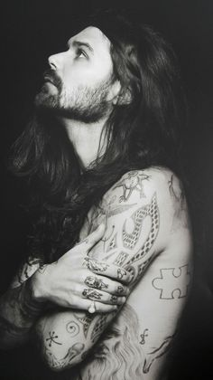 Simon Neil of Biffy Clyro Biffy Clyro Tattoo, Biffy Clyro Lyrics, Much Music, Music Is Life, Reading And Leeds Festival, Simon Neil, Beautiful Men, Beautiful People, Long Hair Beard