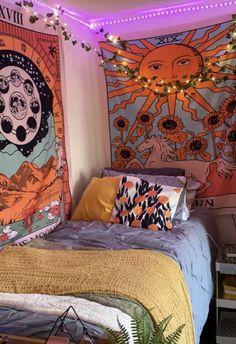 Indie Dorm Room, Indie Bedroom Decor, Hippie Room Decor, Cute Room Decor, Neon Room Decor, Hippie Dorm, Hippy Room, Dorm Room Designs, Room Design Bedroom