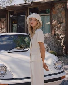 Wave Bucket Hat – Beige – Lack of Color Classy Aesthetic, Aesthetic Fashion, Look Fashion, Fashion Hats, Fashion Outfits, Fashion Clothes, Ny Fashion, Instagram Outfits, Indie Outfits
