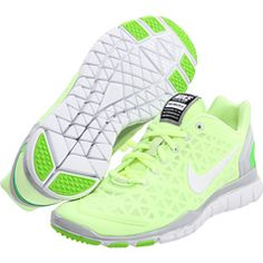 These shoes are great for training. I love this color!