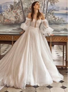 Tulle Ball Gown, Ball Gown Dresses, Bridal Dresses, Bridal Gown Styles, Pretty Dresses, Beautiful Dresses, Debut Gowns, Debut Dresses, Gala Gowns