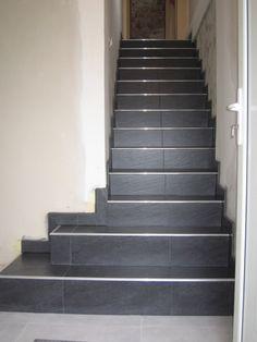 Maytop tiptop habitat habillage d escalier r novation for Pose carrelage sur escalier
