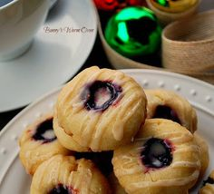 Bunny's Warm Oven: Buttery Raspberry Almond Thumprint Cookies