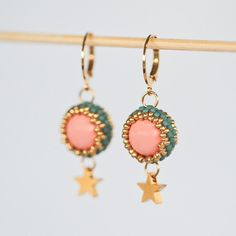 Items similar to Beaded earrings with gold star pendants and pale coral Swarovski pearls - blue-grey and gold, gold plated star pendant (ID: on Etsy Jewellery Nz, Handmade Jewellery, Etsy Jewelry, Jewelry Shop, Earrings Handmade, Jewelry Making, Unique Jewelry, Pink Earrings, Star Earrings