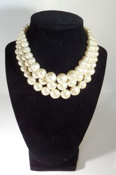 Vintage Baroque Faux Pearl Choker Triple Strand Chunky Necklace Graduated Beads #vintage #vogeteam