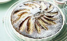 Appelcake met Griekse yoghurt Sweet Desserts, No Bake Desserts, Sweet Recipes, Dessert Recipes, I Want Food, Sweet Bakery, Low Carb Recipes, Foodies, Breakfast Recipes