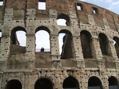 How to build the colosseum for kids using clay and straws.