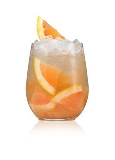 Discover the best premium vodka cocktails, martinis, and other delicious vodka drinks. Browse drinks and learn how to make the perfect vodka cocktail. Irish Cocktails, St Patrick's Day Cocktails, Vodka Recipes, Cocktail Recipes, Party Recipes, Drink Recipes, Cocktail Essentials, Premium Vodka, Green Beer