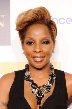 179 Best Mary J Blige Images On Pinterest Mary J Hiphop And Queen