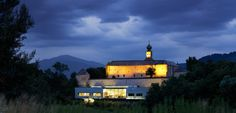 Hotel-Schloss Gabelhofen Das Hotel, Train, Mansions, House Styles, Places, Home Decor, Environment, Time Travel, Recovery