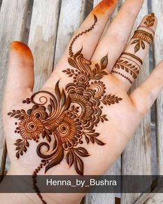 Explore latest Mehndi Designs images in 2019 on Happy Shappy. Mehendi design is also known as the heena design or henna patterns worldwide. We are here with the best mehndi designs images from worldwide. Palm Henna Designs, Khafif Mehndi Design, Latest Arabic Mehndi Designs, Mehndi Designs 2018, Modern Mehndi Designs, Mehndi Design Pictures, Dulhan Mehndi Designs, Beautiful Mehndi Design, Mehndi Designs For Beginners