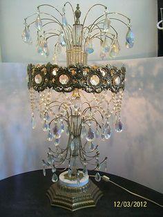 LL WMC/LOEVSKY TABLE LAMP ... PRISM/CRYSTAL