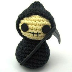NeedleNoodles: Crochet Patterns, Knit Patterns, Amigurumi Awesomeness