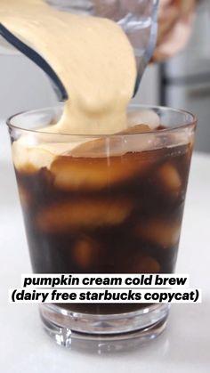 Coffee Drink Recipes, Starbucks Recipes, Starbucks Drinks, Coffee Drinks, Dairy Free Recipes, Vegan Recipes, Cooking Recipes, Gluten Free, Yummy Drinks