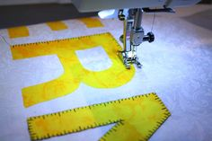 "Make a ""tape measure"" stitch by altering the Blanket Stitch on your BERNINA with these instructions."