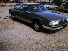 If you don't mind a car that is neither a new one nor a historic one… and comfort is high on your priority list… then have a look at this 1987 Buick Park Avenue! Buick For Sale, Buick Park Avenue, Cars For Sale, United States, The Unit, Cars For Sell