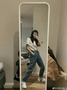 Korean Aesthetic, Aesthetic Girl, Aesthetic Clothes, Ulzzang Korean Girl, Cute Korean Girl, Fashion Line, Girl Fashion, Fashion Outfits, Ulzzang Fashion