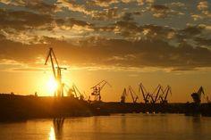 #Gdansk #Cranes #Crane #Sunset | photo: Paulina Tomaszewicz Crane, Piercing, Celestial, Sunset, City, Tattoos, Outdoor, Outdoors, Tatuajes