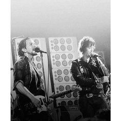 Eddie and Julian Casablancas of @TheStrokes. #PearlJam #TheStrokes
