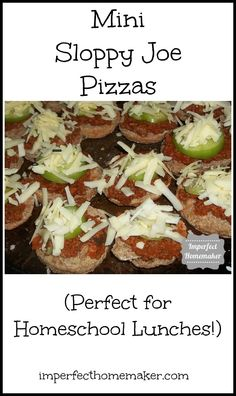 Mini Sloppy Joe Pizzas - a perfect meal for a busy #homeschool day!