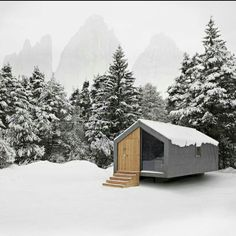 Concept of an architectural cabin #moderncabin #winter #mountain