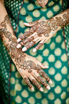 Mehndi, simplybeinghopeless:    Beautiful Indian Brides on...