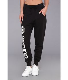 adidas Originals Originals Baggy Track Pant Black/White - Zappos.com Free Shipping BOTH Ways Baggy Sweatpants, Sweatpants Outfit, Adidas Outfit, Chill Outfits, Cute Outfits, Gym Style, Workout Wear, Academia, Up Shirt