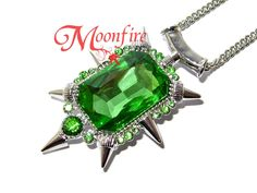 ONCE UPON A TIME Zelena Green Crystal Pendant Necklace