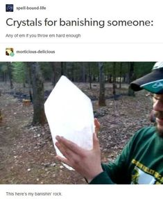 19 Jokes You'll Only Get If You're Obsessed With Crystals - Humor Stupid Funny, The Funny, Funny Stuff, Funny Things, Random Stuff, Funniest Things, Random Things, Game Mobile, Dankest Memes