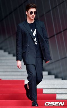 Thunder Thunder, Kpop, Style, Fashion, Swag, Moda, Fashion Styles, Fashion Illustrations, Outfits