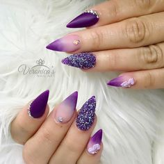 39.6k Followers, 1,074 Following, 3,680 Posts - See Instagram photos and videos from Veronica Vargas (@nails_by_verovargas)
