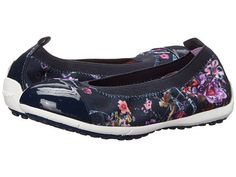 Bigger Girl's Shoes for special occasions, or for those fancier outfits Girls Ballet Flats, Girls Dress Shoes, Kid Shoes, Ladies Shoes, Back To School Shoes, Ballet Fashion, Sperry Top Sider, Jr, Lady
