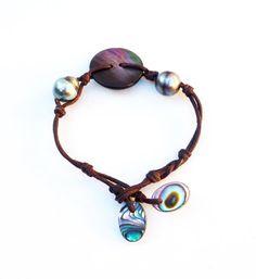 Bracelet femme perles noires de tahiti et abalone par PerlaMundi