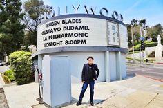 Hollywood Bowl Esta noche (Julio 29, 2014) Ruben Blades junto a Gustavo Dudamel y la orquesta Filarmonica de Los Angeles Bowl, Ariana Grande, Blade, Salsa, Broadway Shows, Hollywood, Orchestra, Night, Salsa Music