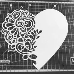 Kirigami, Stencil Patterns, Stencil Designs, Diy And Crafts, Paper Crafts, Scroll Saw Patterns, Pop Up Cards, Silhouette Cameo, Paper Cutting