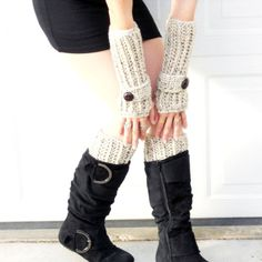 Keep your hands warm! Coming Black Friday on girlsrunfast.com