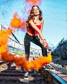 Smoke Bomb Photography, Portrait Photography Poses, Girl Photography Poses, Photo Poses, Creative Photography, Capture Photography, Rauch Fotografie, Smoke Pictures, Cute Poses For Pictures