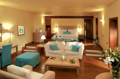 Grand Sports Club: Mediterranean Suite on the Waterfront with Private Garden