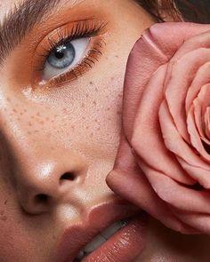 Tamara Williams Fotografin in Stuttgart Deutschland . - Tamara Williams Photographer in Stuttgart Germany Fotograf Stuttgart Tamara Williams Fotografin in - Beauty Make-up, Beauty Shoot, Beauty Hacks, Make Up Looks, Beauty Photography, Photography Flowers, Makeup Inspo, Makeup Inspiration, Makeup Goals